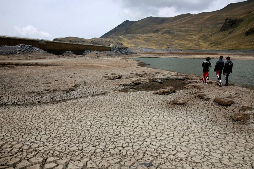 dried-ajuan-khota-dam-david-mercado-reuters
